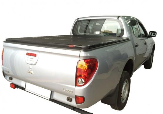 Жесткая трехсекционная крышка Mitsubishi L200 V Triton
