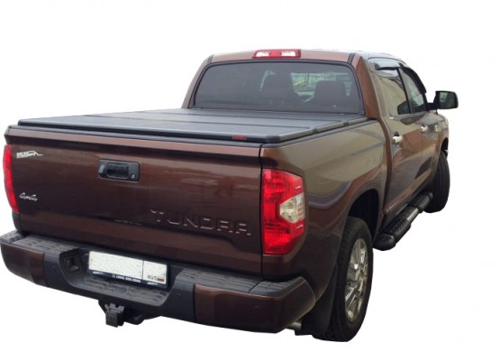 Жесткая трехсекционная крышка Toyota Tundra II 5.5